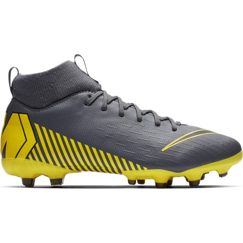Nike soccer shoes Superfly VI Academy MG Kids