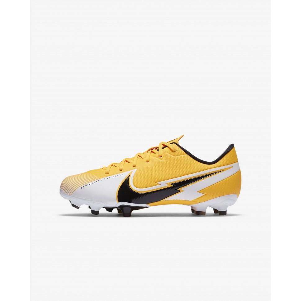 Nike Soccer Shoes Mercurial Vapor 13 Academy MG Kids